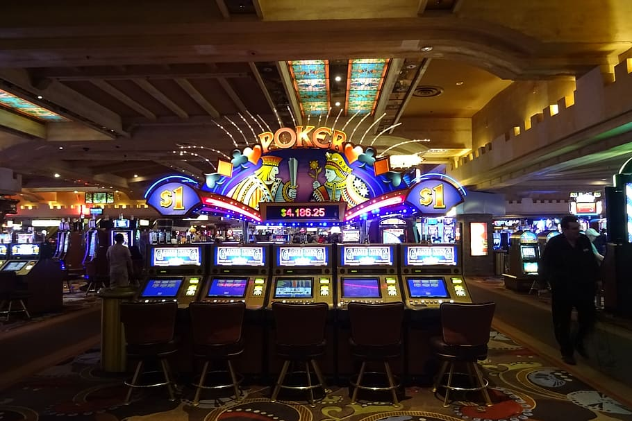 Tips to Win at Online Casinos – How to Reduce the House Edge